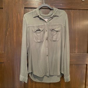 Army Green Buttoned Top